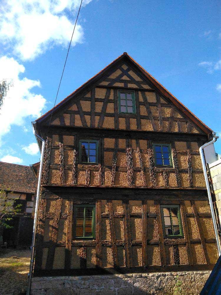 Kurz vor Fertigstellung.., Fenster und Türen für ein Fachwerkhaus (ca.400 Jahre alt )  in  der Nähe von Jena