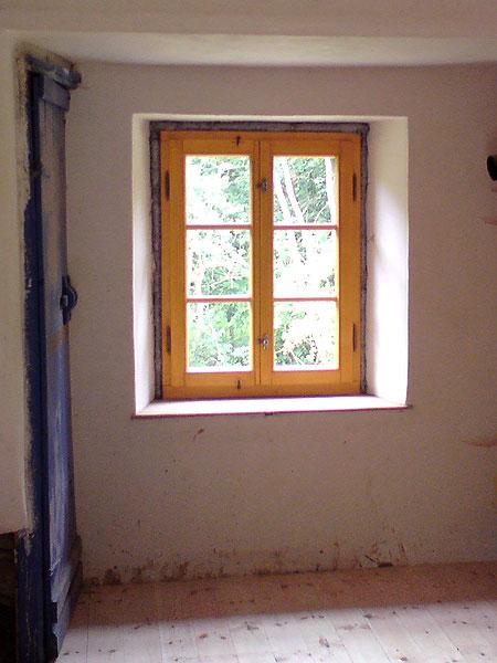 Bad Bibra Sprossenfenster mit Stileinbohrbändern, Fensteraufreiber profil. Sprossen und profil. Glashalteleisten. Außentüren