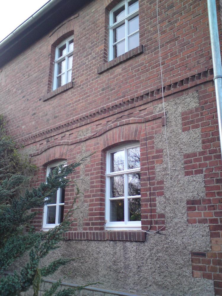 Hauteroda (Thüringen) Wohnhaus Jugendstilbau, Holzfenster und Hoftor in Zusammenarbeit mit Denkmalschutz-Behörden